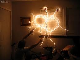 http://tbn3.google.com/images?q=tbn:9t0fiVETfgfHQM:http://www.bsalert.com/img-host/fsm_christmas_ornament-m-005.jpg