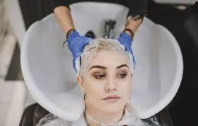 <b>Маски для осветленных волос</b>: домашний рецепт красоты