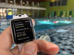 Swimming and <b>cycling</b> with Apple <b>Watch</b> - Different activities in the ...