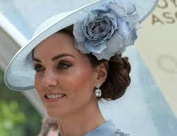 Кейт Миддлтон пришла на крестины <b>Арчи</b> в «старом» <b>платье</b>