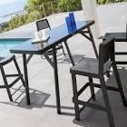 Table de jardin haute en composite imitation bois et aluminium grise