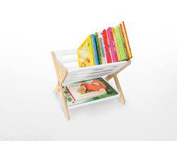 <b>Подставка для книг</b>