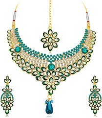 Buy Sukkhi Delightful <b>Gold</b> Plated Wedding <b>Jewellery</b> Kundan ...