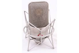 <b>Студийный микрофон Neumann TLM</b> 49.