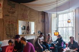 edinburgh cafes where jk rowling did not write harry potter kate beard edinburgh guide artisan roast 1