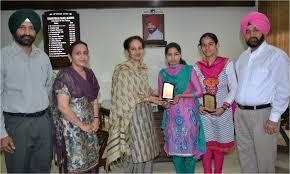 lyallpur khalsa college jalandhar navdeep kaur head department of economics and dr simranjeet singh bains were also present on this occasion