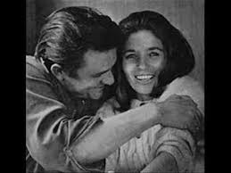 <b>Johnny Cash</b> - I Walk the Line - YouTube