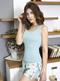 <b>Оригинальная женская пижама</b> в спокойной, приятной серо ...