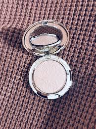 beauty favorites - <b>mac</b> holiday palettes, bobbi brown <b>mascara</b>...