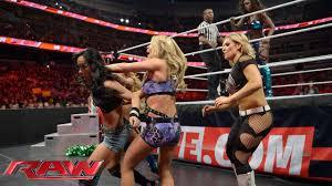 Naomi vs. <b>AJ Lee</b> - Lumber Jill Match: Raw, March 31, 2014 - YouTube