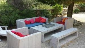 patio furniture from pallets. resurrected pallet patio furniture from pallets t