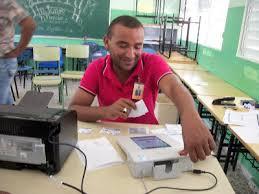 Resultado de imagen para No se usará tinta, no se firmará acta, ni se podrá entrar con celulares a los centros de votación