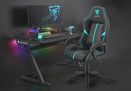 Надежное и весьма удобное игровое <b>кресло ThunderX3</b> BC1 ...