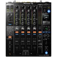 <b>DJ микшерный пульт Pioneer</b> DJM-900NXS2