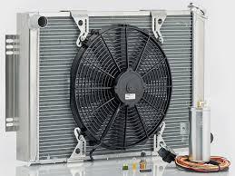 Как работает <b>радиатор охлаждения двигателя</b>