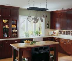 in style kitchen cabinets:  shaker style kitchen cabinets by diamond cabinetry