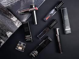Новые ощущения в макияже и бесконечный комфорт от <b>Givenchy</b>