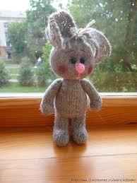Зайка спицами.Описание | Детское вязанье, Вязаные куклы ...