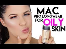 <b>MAC PRO LONGWEAR</b> FOUNDATION FOR OILY SKIN | 12 HOUR ...