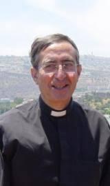 Francisco Fernández-Carvajal. (Albolote, Granada, 24 de enero de 1938) es un clérigo español.Es uno de los autores contemporáneos de obras de espiritualidad ... - Francisco-FernandezCarvajal