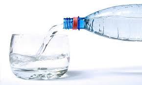 beber agua es importante en el embarazo