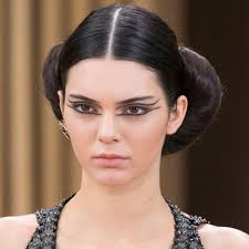 chanel couture beauty kendall jenner