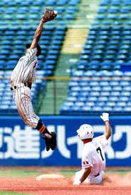 「甲子園 一塁 暴投」の画像検索結果