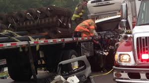 two pinned after trucks collide on i com two pinned after trucks collide on i 40