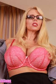 secretary karen fisher 08