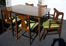 Retro Dining Room Sets Fascinating Vintage Dining Set Charming Dining Room Decorating