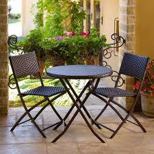 outdoor patio furniture small spaces