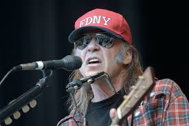 Top 10 <b>Neil Young Songs</b>
