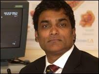 Consultant urologist Manu Nair is pioneering the treatment - _41854862_manunair203