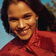 <b>Позолоченные серьги с</b> красными подвесками-губами - купить за ...