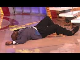 Shaq FALLS On TV And Becomes An Instant Meme | What's Trending Now ... via Relatably.com