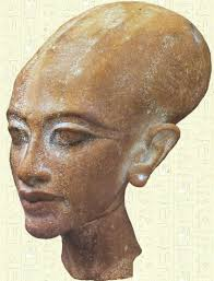 Resultado de imagen de cabeza de nefertiti wikipedia