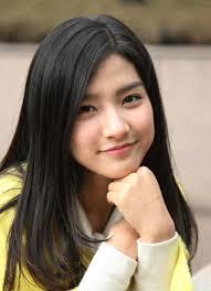 Kim So Eun Images?q=tbn:ANd9GcQ6-vDpQ0WcboFcABXZ7HpZyvqNH6GxImOWKcjCj6mZHgaoY6mz
