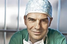 ... le Jurassien de renommée internationale, spécialiste de la chirurgie cardiaque pédiatrique et cardio vasculaire a succédé au Pr. Ludwig von Segesser au ... - detail_rene_pretre