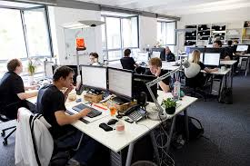 we offer all of the big company benefits youd expect but maintain the vibrant and exciting atmosphere of a thriving start up company atmosphere google office