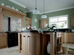 wall color ideas oak: paint color ideas for old kitchen cabinets
