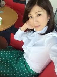 緑のスカートの中田有紀