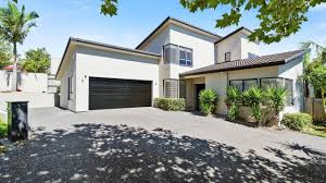 executive family home brooke ridge rise east tamaki heights 9 brooke ridge rise east tamaki heights