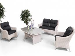 <b>Комплект мебели</b> 05605 (Диван 2х местный + <b>2</b> Кресла + Стол)