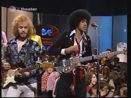 <b>Thin Lizzy</b> - Whiskey In The Jar 1973 - YouTube