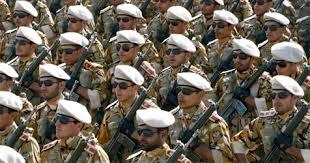İran İraqa ordu yeritdi