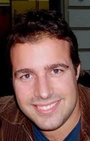 Francisco Javier Vigier Moreno es licenciado en Traducción e Interpretación por la Universidad de Granada y doctorando del programa interuniversitario ... - fran-avanti