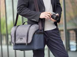 <b>Olympus</b> анонсирует <b>сумку Explorer Messenger Bag</b> ...