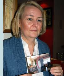 """Caroline Campbell lost her """"rock"""" and the father of her twin daughters when Ian Campbell was killed ... - h117carolinecampbell3"""