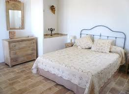 bed breakfast le mas de lescaillon bed breakfast le mas de