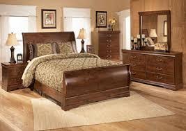 furniture t north shore: wilmington queen sleigh bed dresser mirror amp chestsignature design by ashley